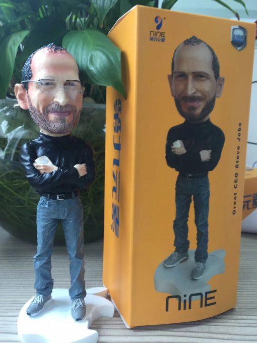 steve-jobs-figurine-28-50